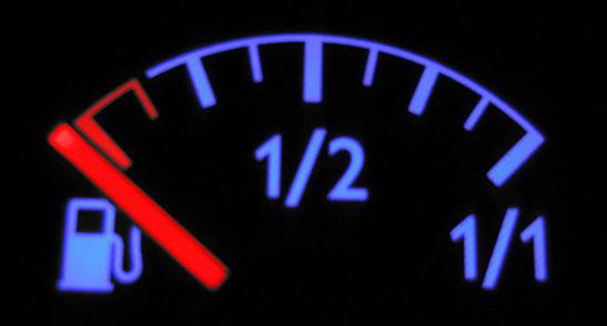 Как доехать до АЗС на последних литрах бензина