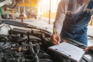 ремонт автомобилей на станция техобслуживания автомобилей